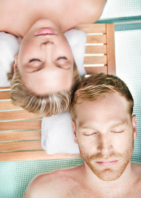 10 valentine spa tips for couples how to best enjoy the for Best spa for couples