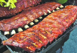 the-mantuary-smoked-spare-ribs